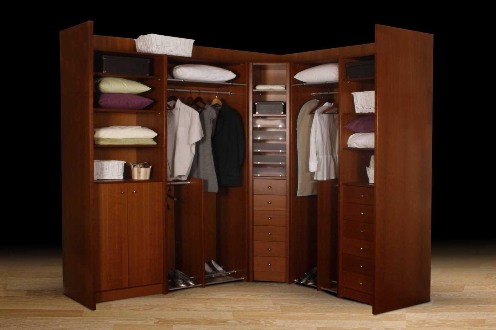 dressing sur mesure queen mary la maison des bibliotheques. Black Bedroom Furniture Sets. Home Design Ideas
