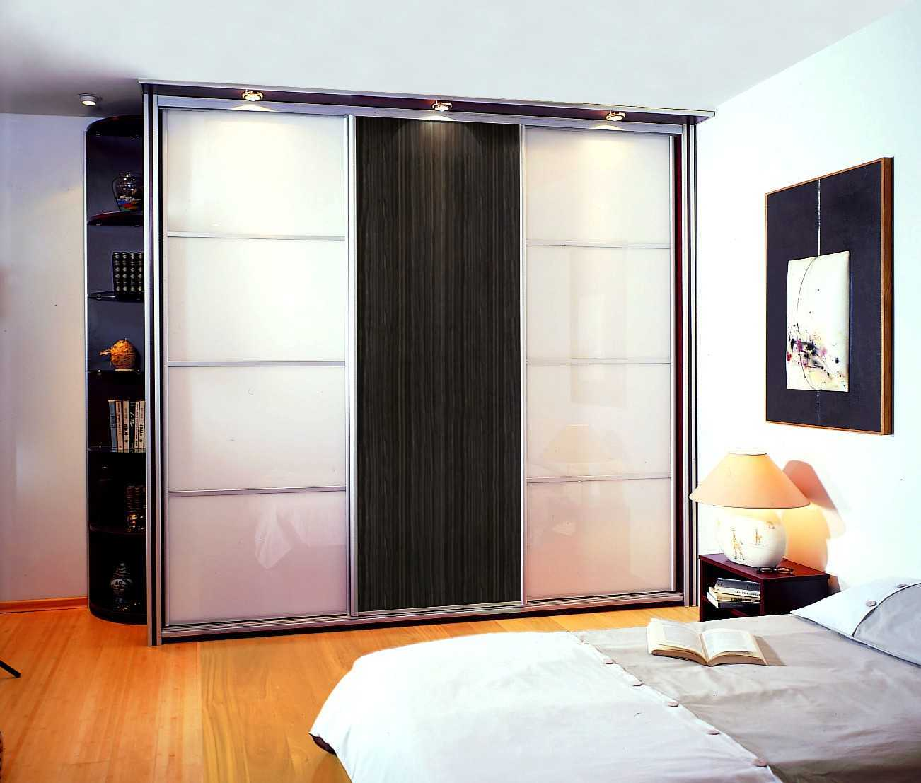 portes coulissantes la maison des bibliotheques. Black Bedroom Furniture Sets. Home Design Ideas
